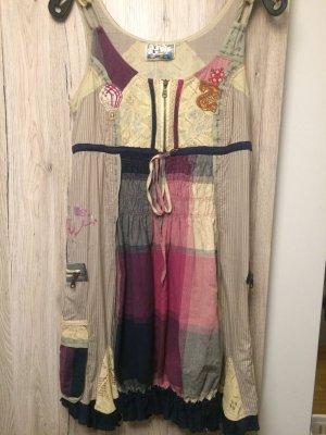 Sehr schönes Desigual Kleid