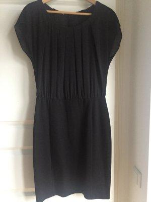 Sehr schönes festliches Kleid schwarz Gr. 36 kleines Schwarzes Taifun perfekt für alle Feste