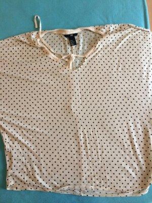 Sehr schönes gepunktetes Shirt in weicher Qualität