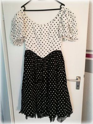 Sehr schönes Kleid in Schwarz/weiß