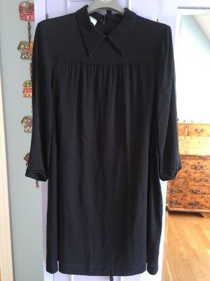 Sehr schönes Kleid mit Kragen von Prada Gr 36 schwarz