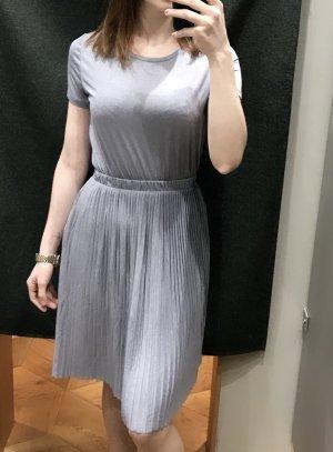 Sehr schönes Kleid von ONLY