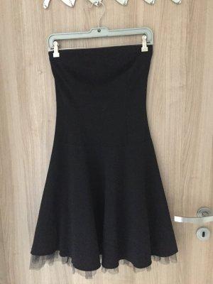 Sehr schönes schwarzes Kleid von der Marke Melrose