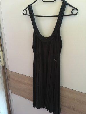 sehr schönes schwarzes Kleidchen