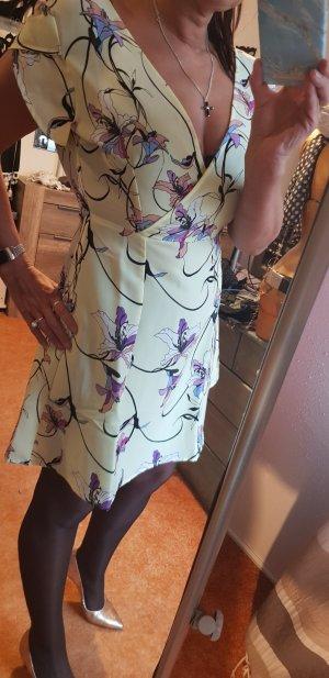 sehr schönes Sommerkleid mit Bümchen Gr 40