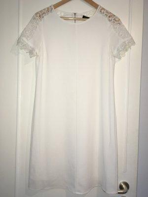 Sehr schönes weißes Kleid von der Marke Dresses/Yessika.