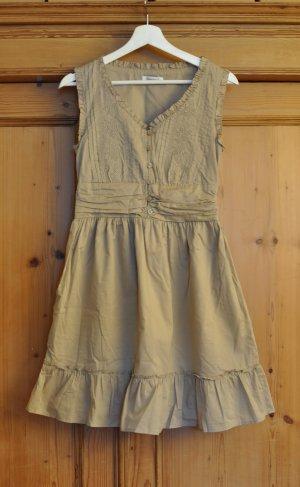 Sehr süßes Kleid aus Bio-Baumwolle