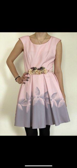 Sehr süßes Kleid