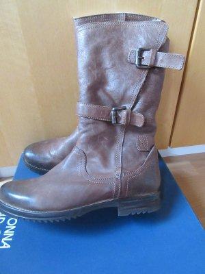 Sehr warme und wunderbare Stiefel komplett mit Lammfell gefüttert außen Leder