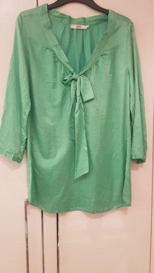 0039 Italy Zijden blouse groen