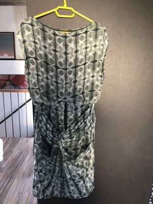Seidenkleid, Stefanel, mit tollen U-Boot-Ausschnitt