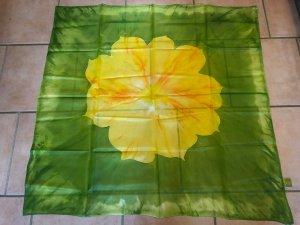 Silk Cloth yellow-green