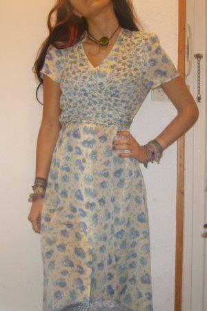 seidig geblümtes Vintage Sommerkleid