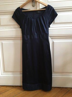Seidig schimmerndes Kleid von Esprit