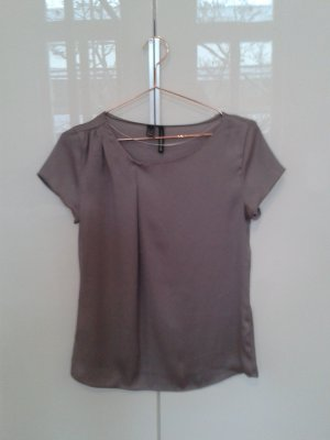 Seidiges Top in taupe