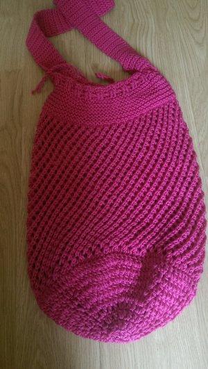 Selbstgehäkelte Tasche in Pink