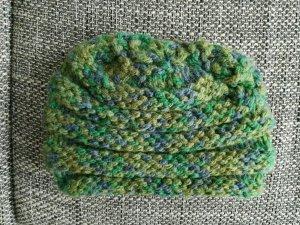 selbstgemacht grüne Mütze