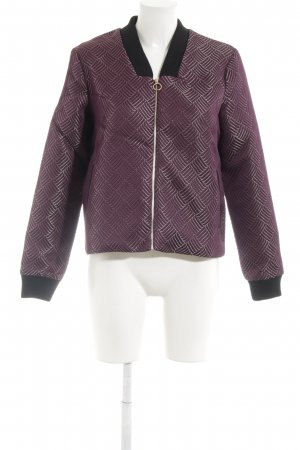 Selected Bomberjacke braunviolett-goldfarben Street-Fashion-Look