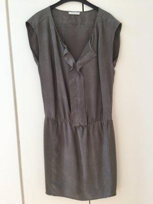 Selected Femme Sommerkleid in grau in Gr. 36