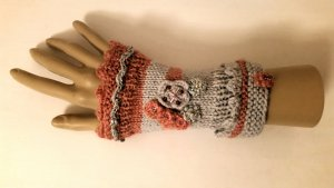 Fingerless Gloves dusky pink wool