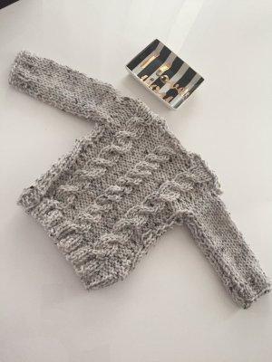 Selfmade Pullover aus Wolle für Babys