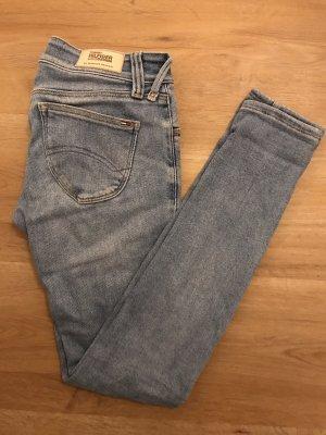 Selten getragene Jeans