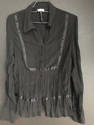 Semitransparente Bluse, auf Taille geschnitten