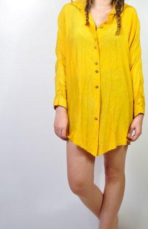 Senffarbene Vintage Bluse mit goldenen Knöpfen