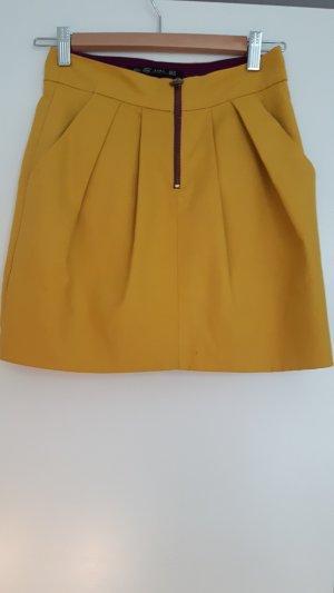 Zara Mini-jupe jaune foncé coton