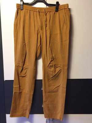 s.Oliver pantalón de cintura baja amarillo