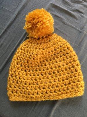 Chapeau en tricot orange doré-orange clair