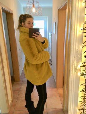 Cappotto in eco pelliccia giallo Pelliccia ecologica