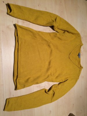 Senfgelber Pullover mit patches