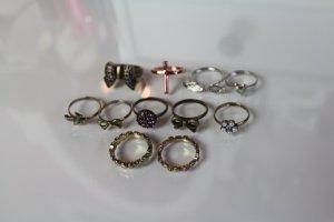 Set aus 11 schönen Ringen