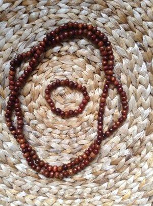 Set aus Kette und Armband mit Holzperlen