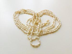 Set aus zwei Perlenketten