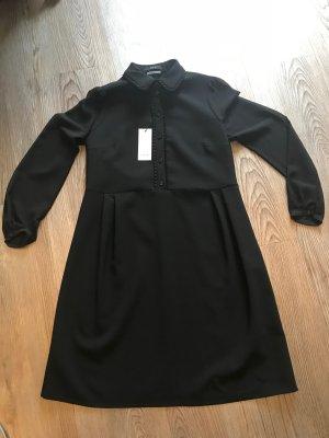 SET Blusenkleid aus Schurwolle mit Bubikragen und Rüschen