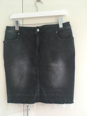 Set Jeans-Rock Gr. 40 Used Look