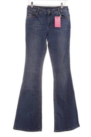 Set Jeans a zampa d'elefante blu fiordaliso stile casual