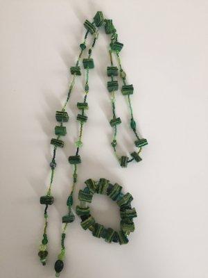 Set Kette Armband grün Perlen mit Filz ungetragen!