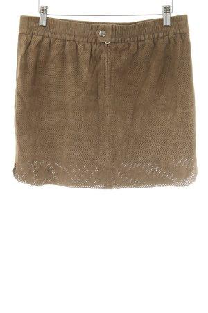 Set Falda de cuero ocre look casual