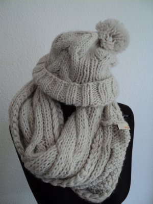 Gin Tonic Knitted Hat natural white-cream wool