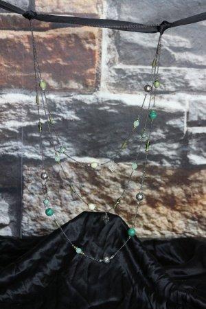 Set romantisch verspielte Halsketten und Ohrringe