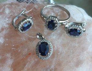 Zilveren oorbellen wolwit-donkerblauw