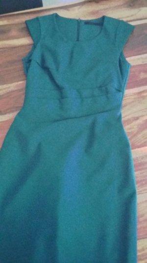 SET zeitloses Kleid grün