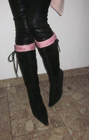 sexy BUFFALO Vintage High Heels Stiefel Wildleder Wildlederstiefel Absatz overknees 39,5 40 6,5 7 schwarz Stulpe pink rosa Bindeband seitlich verstellbar Weite