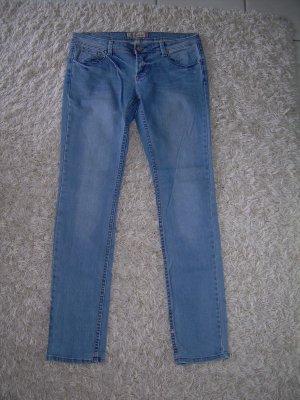 sexy hellblaue Jeans von Fishbone W32 Gr. 42 Röhrenjeans Röhre