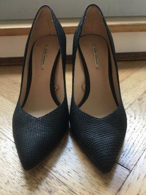 Sexy high heels. Klassiker in schwarz