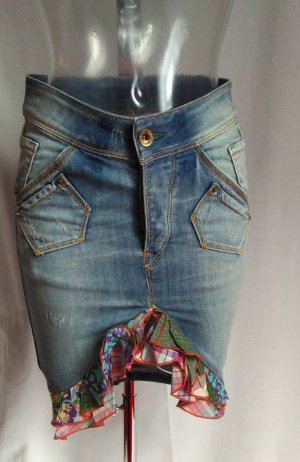 sexy Jeans Rock im Hippie Style figurbetont neuwertig!