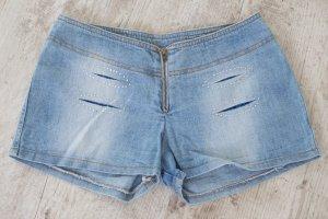 Pantalón corto de tela vaquera azul celeste